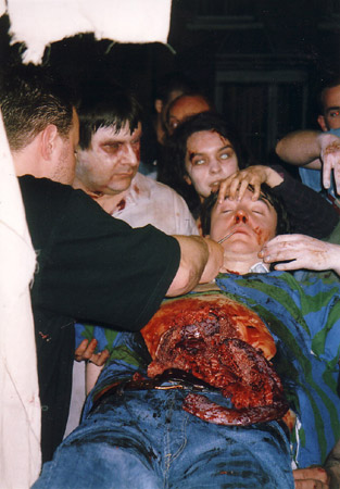 on set photos from Shaun of the Dead - dylan moran's demise 3